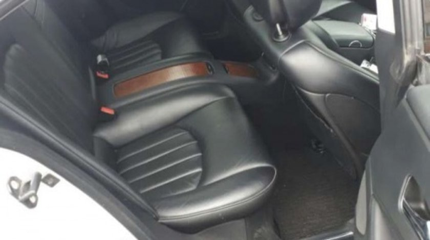 Interior Mercedes CLS an 2010 impecabil