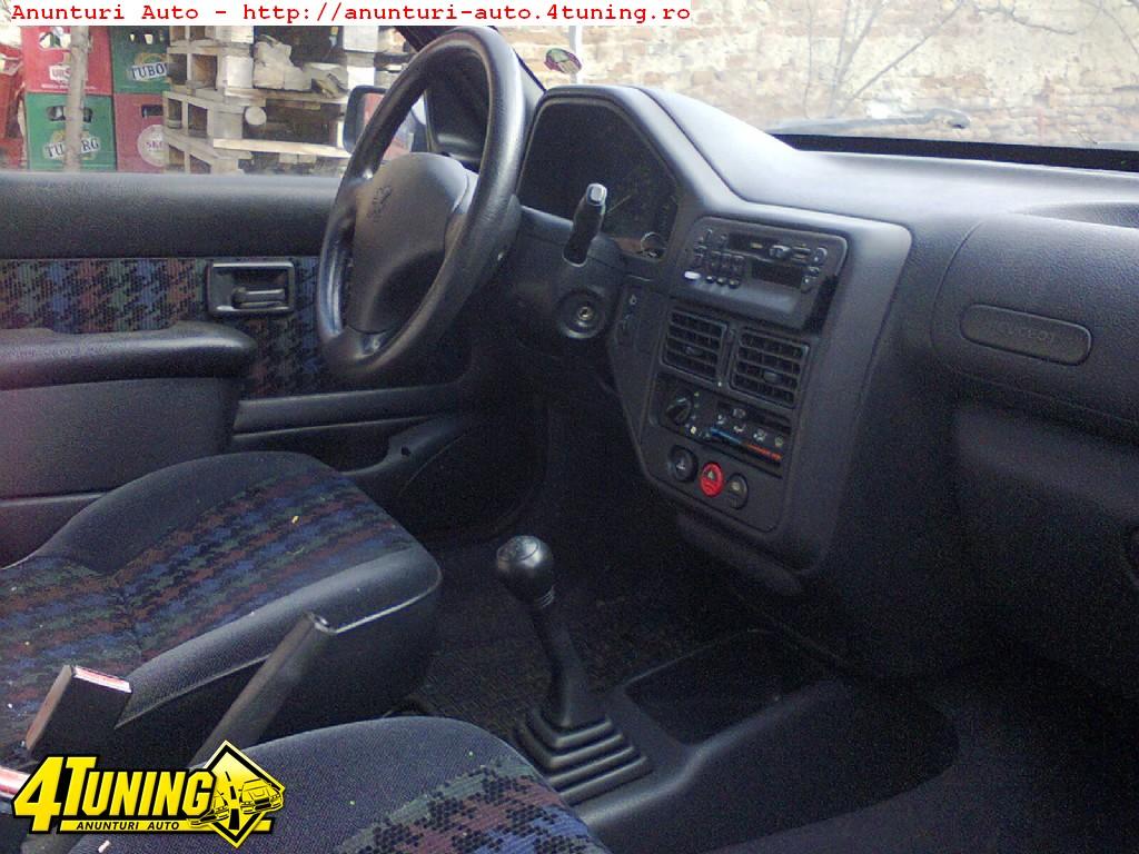 Interior Peugeot 106 187313