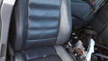 Interior scaune piele fete usi volan stanga vw tou...