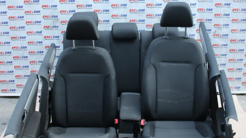 Interior textil negru cu incalzire VW Jetta 1B model 2013