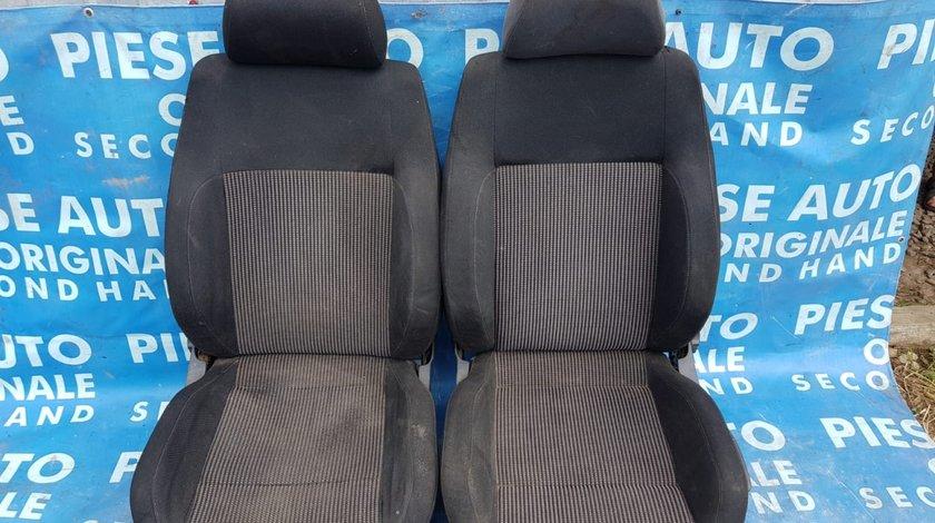 Interior VW Golf 4 2001; 5-hatchback