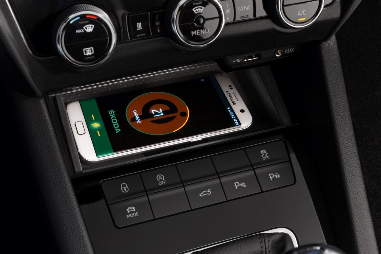 Interiorul Skodei Octavia facelift - Interiorul Skodei Octavia facelift