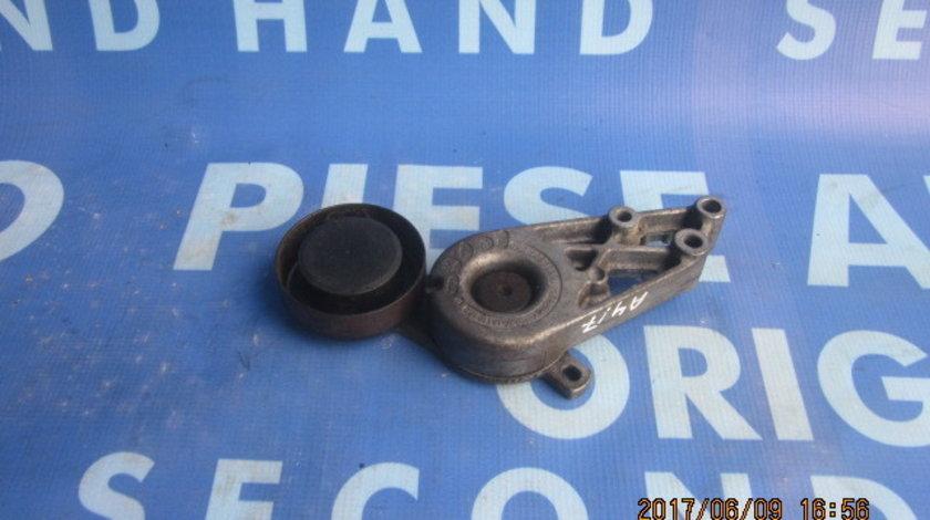 Intinzator curea Audi A4 : 058903133