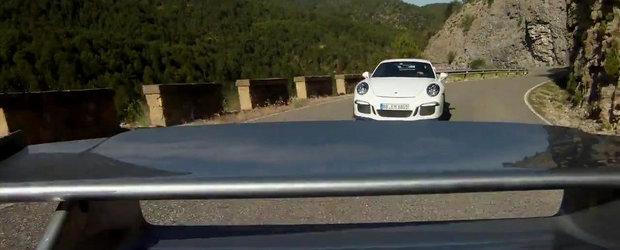 Intrecere spectaculoasa in munti, intre doua sau chiar trei Porsche-uri 911 GT3
