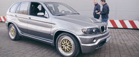 Iti mai aduci aminte cand BMW a lansat un X5 cu motor V12?