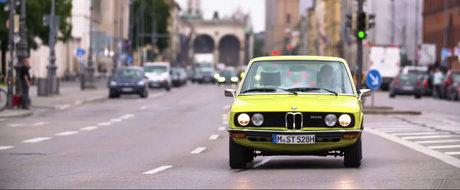Iti mai aduci aminte de ea? Uite cum arata prima generatie a BMW-ului Seria 5