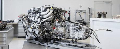 Iti vor intoarce lumea cu susul in jos. Imaginile care surprind asamblarea unei masini de 1500 CP si 2.4 milioane euro