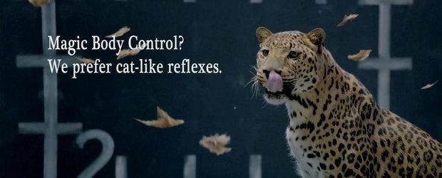 Jaguar ia peste picior tehnologia Magic Body Control de la Mercedes