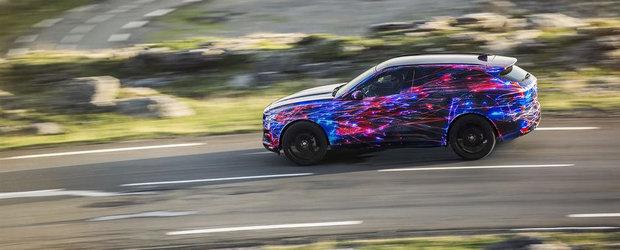 Jaguar lauda noul F-Pace pentru calitatile sale dinamice