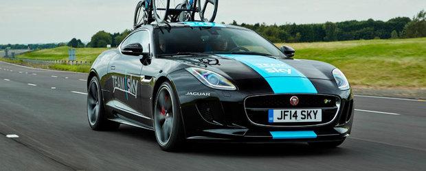 Jaguar vine in Turul Frantei cu un F-Type modificat pentru biciclete