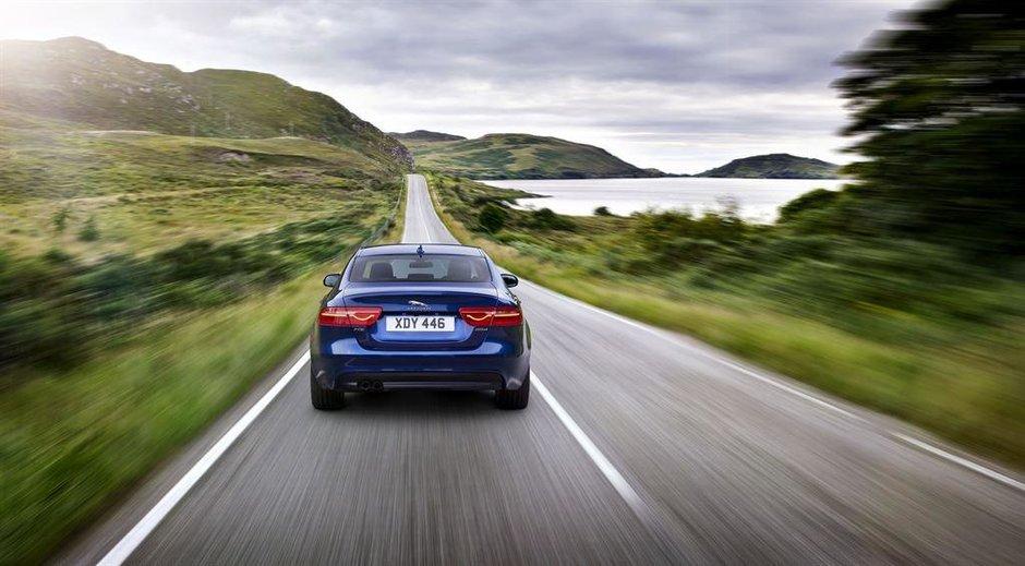 Jaguar XE - Galerie Foto