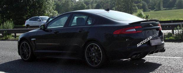 Jaguar XFR-S debuteaza la Salonul Auto de la Los Angeles