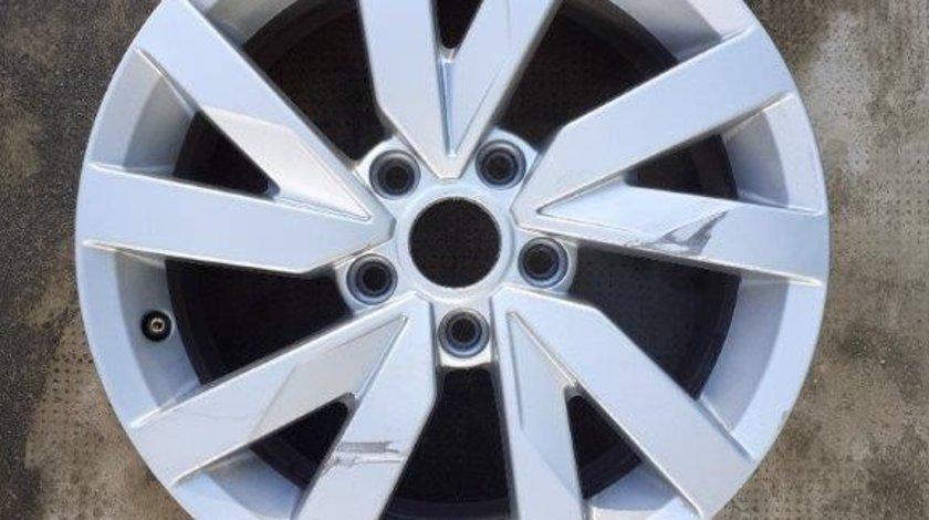 Janta VW Passat B8 model 2015-2021 3G0601025A