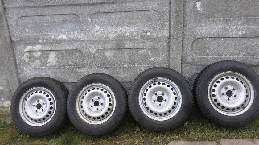 Jante 16 Tabla VW T5 Iarna 215 65 16 Bridgestone