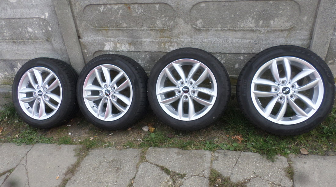 Jante 17 Mini Countriman  Mini Paceman Iarna 205 55  17 Pirelli Sottozero rft