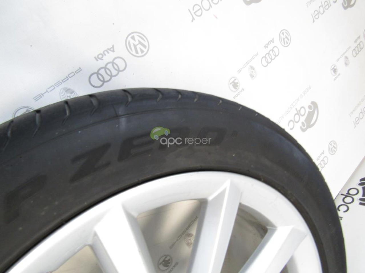 Jante 19'' Originale cu anvelope Audi A6 4G C7 Roti complete vara 255 / 45 R19 cod 4G9601025F