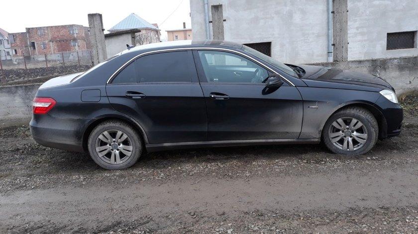 Jante aluminiu 16 inch cu anvelope noi de iarna Mercedes e 200 class 2.2 cdi w212 2010 motor