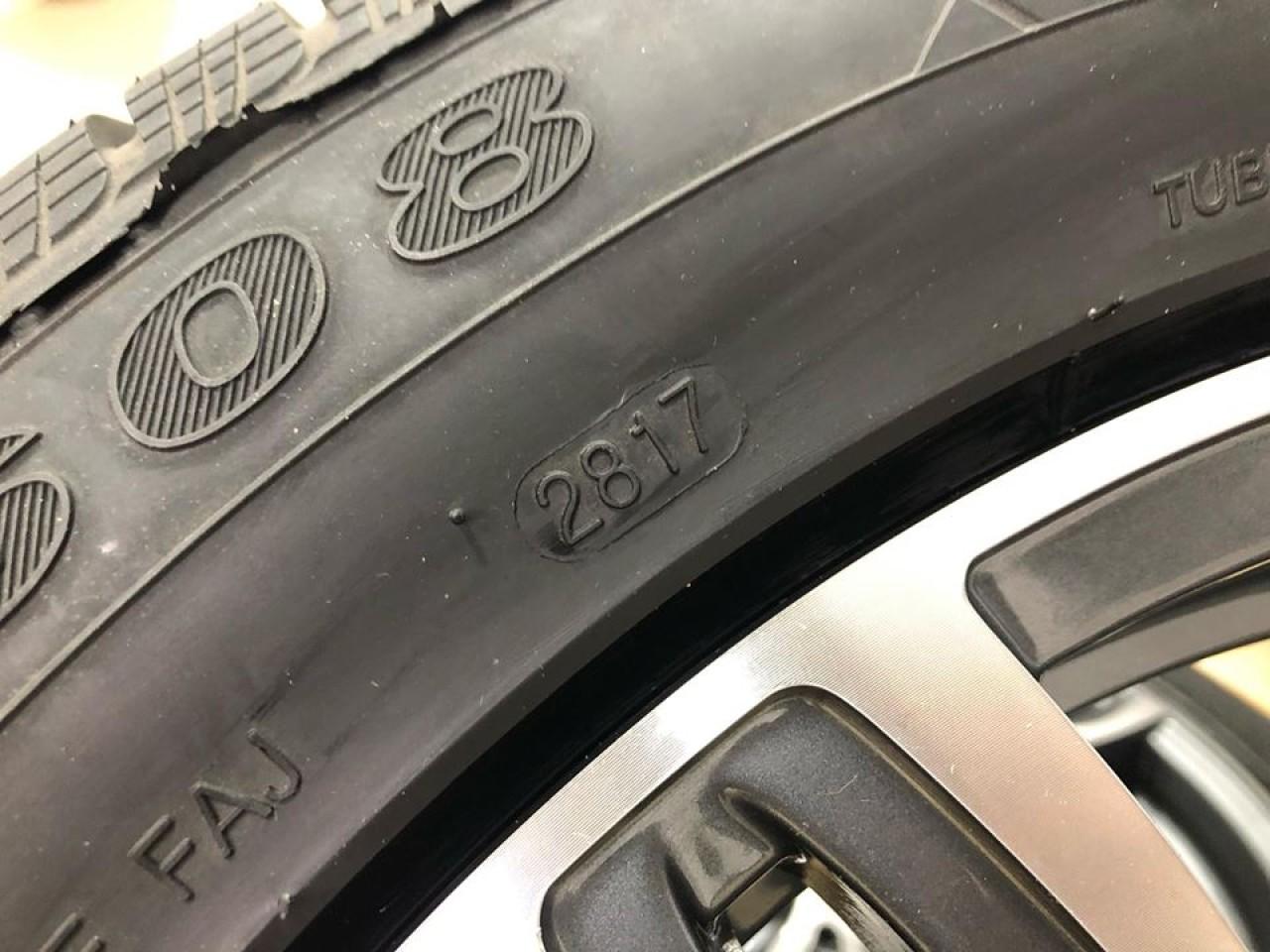 Jante Bmw R17 noi cu anvelope iarna noi seria 5 F10F11 seria 6 F12 bmw x1 bmw x3