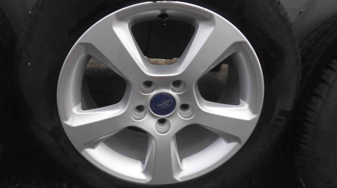 Jante Ford Mondeo Focus 215 55 16 Iarna Pirelli si Kumho+ Senzori