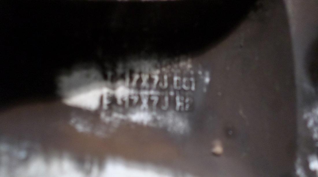 Jante Kia Sorento cu anvelope vara 245 65 17 vara