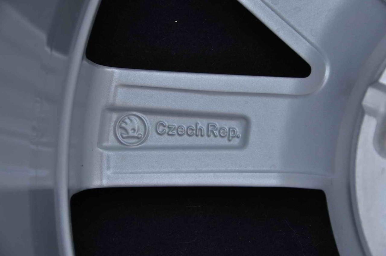 """Jante Noi 16"""" Originale Skoda Rapid Fabia Octavia 1 Roomster 16 inch 5x100"""