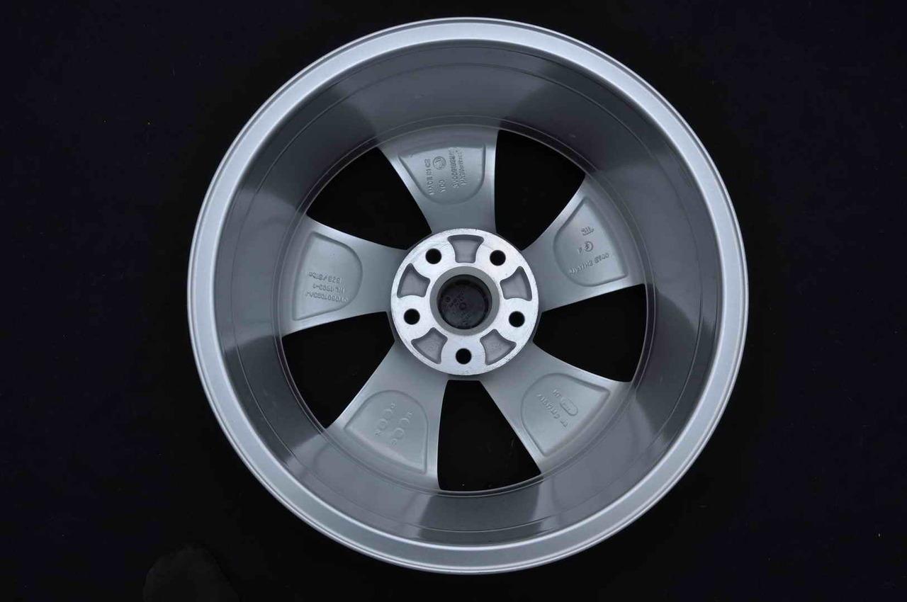 Jante Noi 17 inch Originale Skoda Superb 3 3T 3V0601025AJ R17