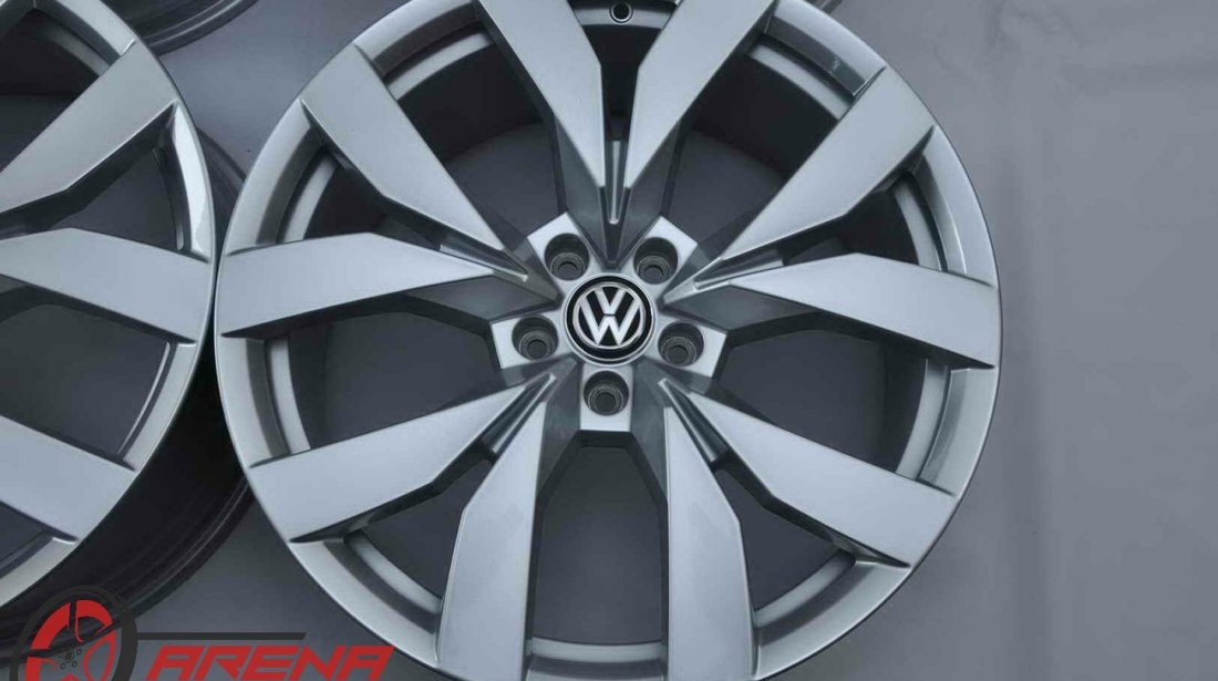 Jante Noi 20 inch Originale VW Touareg 3 CR Montero R20