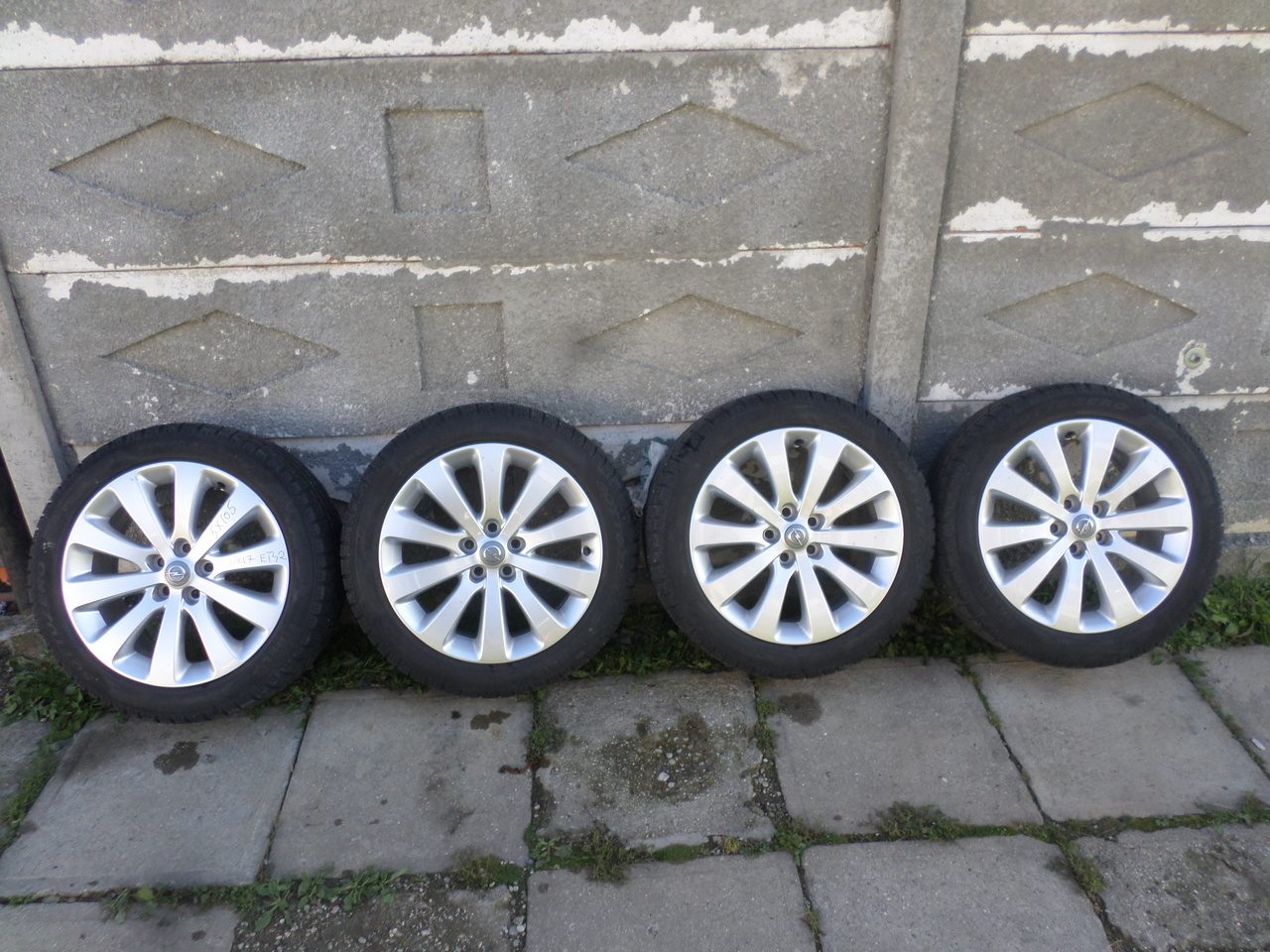 Jante Opel Astra J 215 50 17 Iarna Pirelli