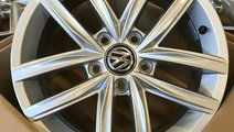 Jante R16 NOI Originale VW Caddy Passat Touran Sha...