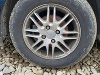 Jante si anvelope vara  se pot vinde si la bucata Ford Focus, dimensiune 195x65x15