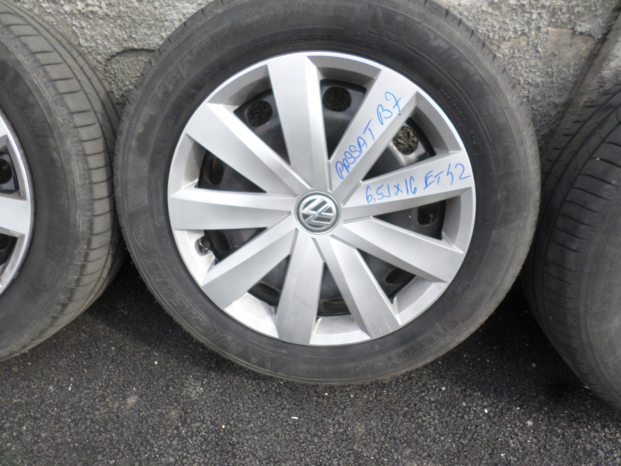 Jante Tabla 16 VW Passat Golf 5 Golf 6 Vara 205 55 16 Michelin dot (0618)
