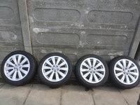 Jante VW POLO  215 45 16 Vara Dunlop