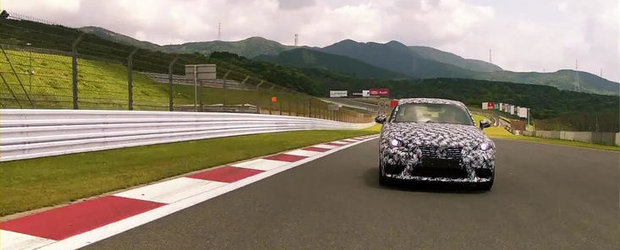 Jay Leno testeaza in avanpremiera urmatorul Lexus IS. VIDEO AICI!