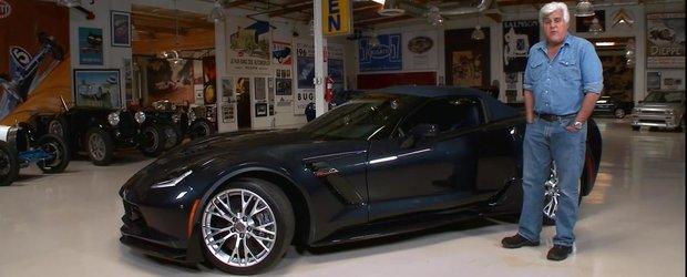 Jay Leno testeaza noul Chevrolet Corvette Z06 si este oprit de politie