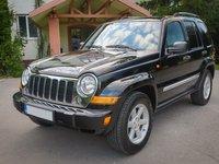 Jeep Cherokee Autoutilitara 5 locuri Facelift 2.7 CRD  An 2005