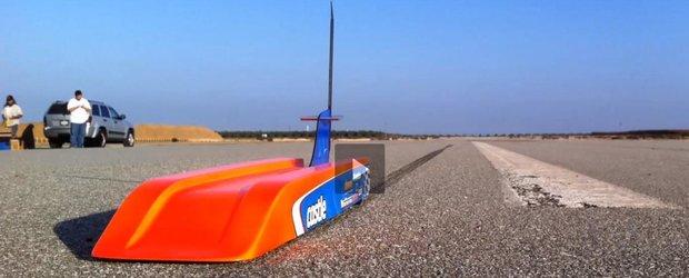 Jucaria cu telecomanda care prinde aproape 300 km/h