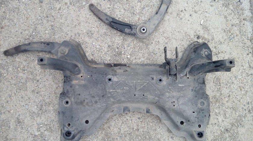 Jug cadru motor peugeot 307 2001-2008