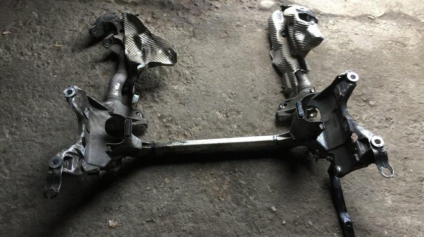 Jug motor cadru AUDI A5 8T 3.0 TDI 2009 2010 2011