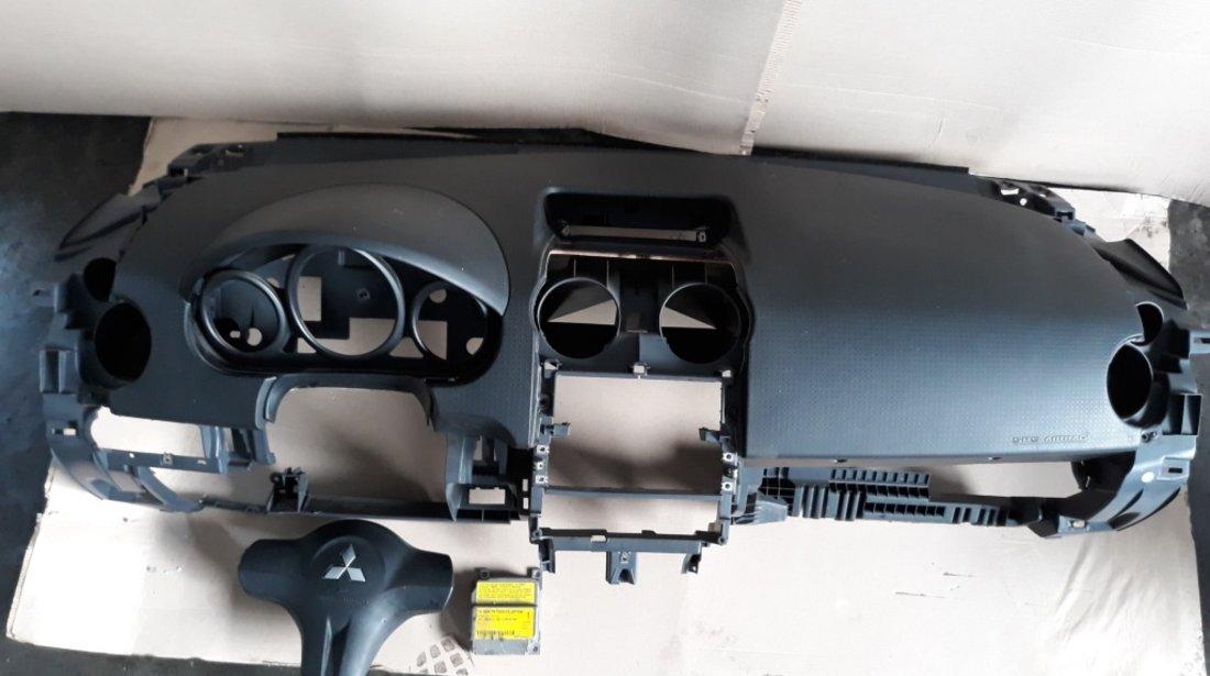 Kit airbag cu plansa bord mitsubishi colt czc 2006-2009