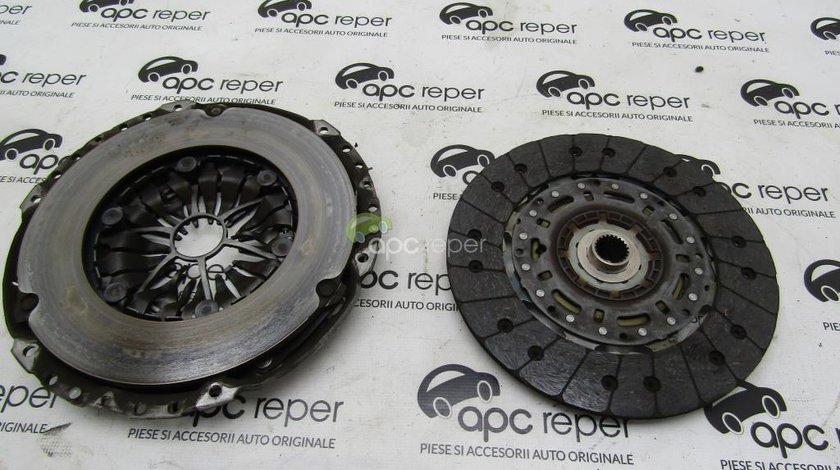 Kit ambreaj Disc + placa Audi A3 8V - VW Golf 7 cod 022141031S - 04L144025