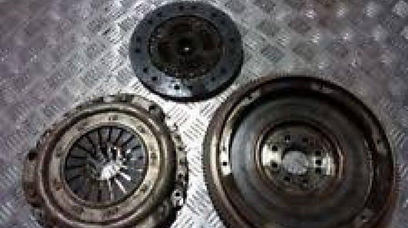 Kit ambreiaj Mercedes Benz C(W202) 0132505303 1110320801