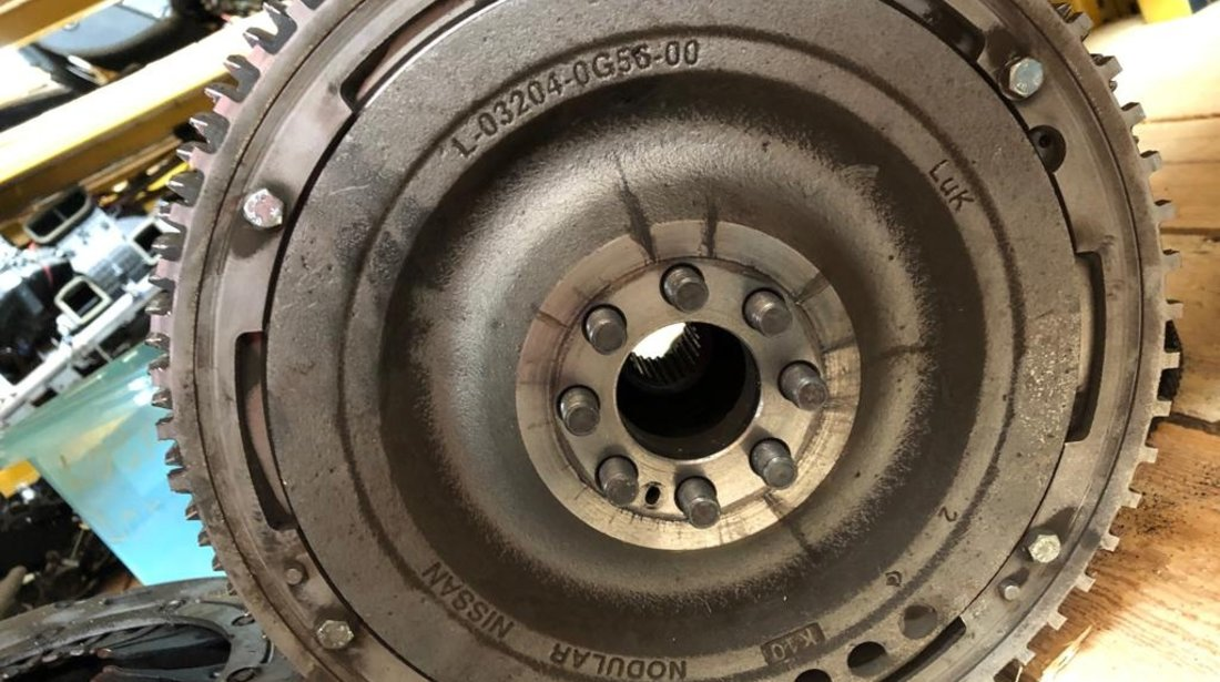 Kit ambreiaj nissan navara d40 2008 - 2.5 diesel