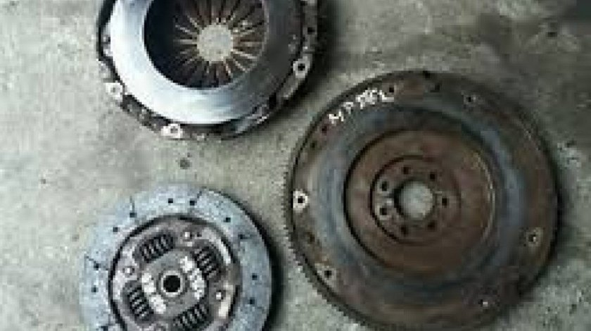Kit ambreiaj Renault Master II 2.5D 150CP 8200828444 8200509932