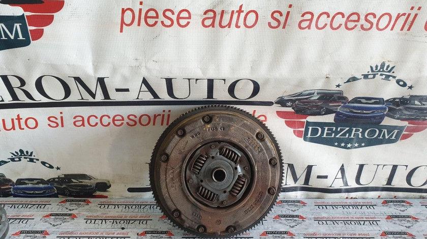 Kit ambreiaj Seat Toledo II 1.6i 102 cai motor BFQ cod piesa : 027105273D