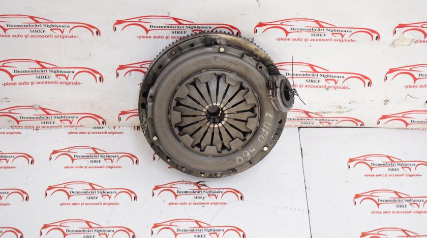 Kit ambreiaj VW Lupo 1.0 AUC 37KW 560