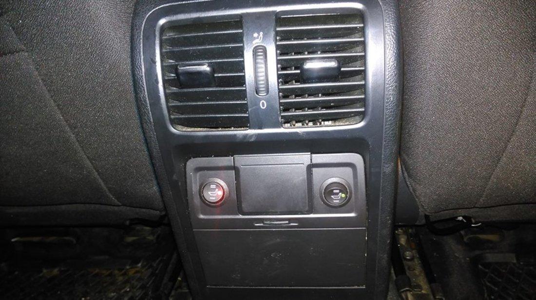 Kit Incalzire Scaune DEDICAT VW Passat Golf Carbon Montaj Profesional