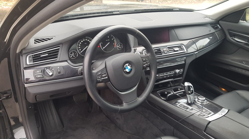 Kit schimbare volan BMW Seria 7 F01 F02