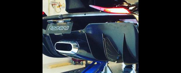 Koenigsegg Regera urca pe stand si accelereaza pana la 350 km/h