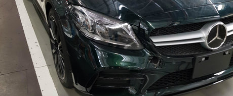 L-a pozat chiar in fabrica, imediat ce a parasit linia de productie. Asa arata cel mai nou model de la Mercedes-AMG