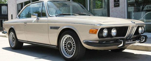 L-a restaurat complet si i-a pus un motor mai mare sub capota. Cu cat vinde acum BMW-ul din 1971